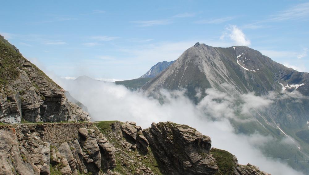 Nebbia al Colle delle Finestre