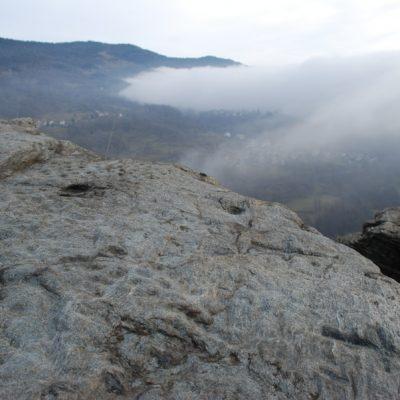 Roccio Clapie - Sullo sfondo Pramollo