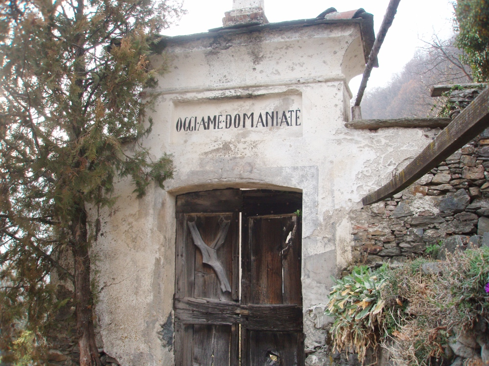 La porta del cimitero